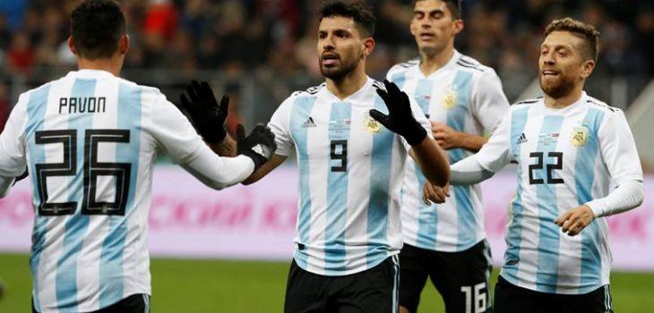 古兹曼在阿根廷队替换受伤的罗梅罗